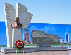 Is President Shavkat Mirziyoyev a reformer or a follower of the Karimov dictatorship?